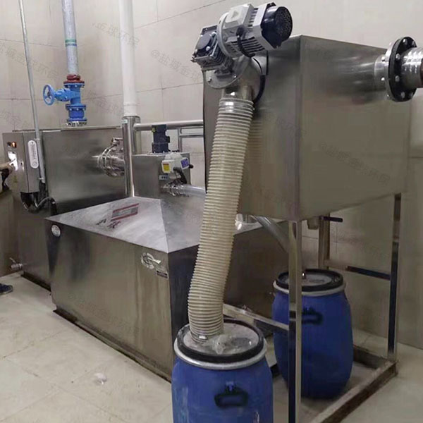餐饮商户地下式大型自动除渣隔油器提升设备的位置